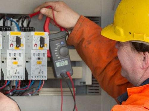 LVR = Low Voltage Rescue Training